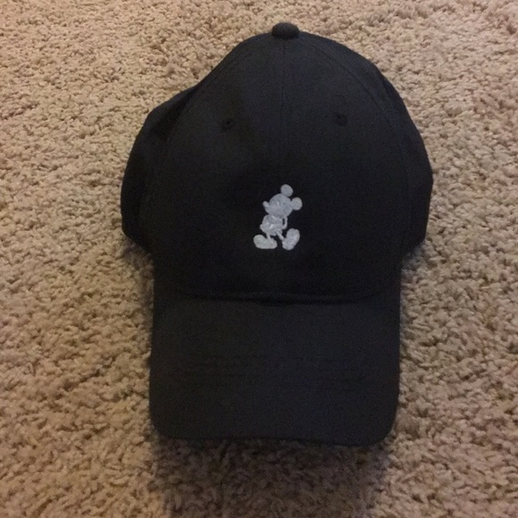 Nike Hat with Mickey Mouse detail 6a2fe99acc0